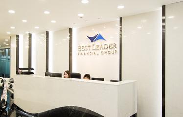 签约:百丽金融集团业务展示网站开发